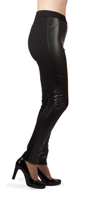 B.B wetlook leggingsit  biker etuosalla